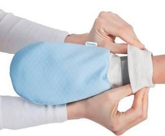 Schutz des Patienten bei Zwang zum Ausziehen oder Selbstverkratzen